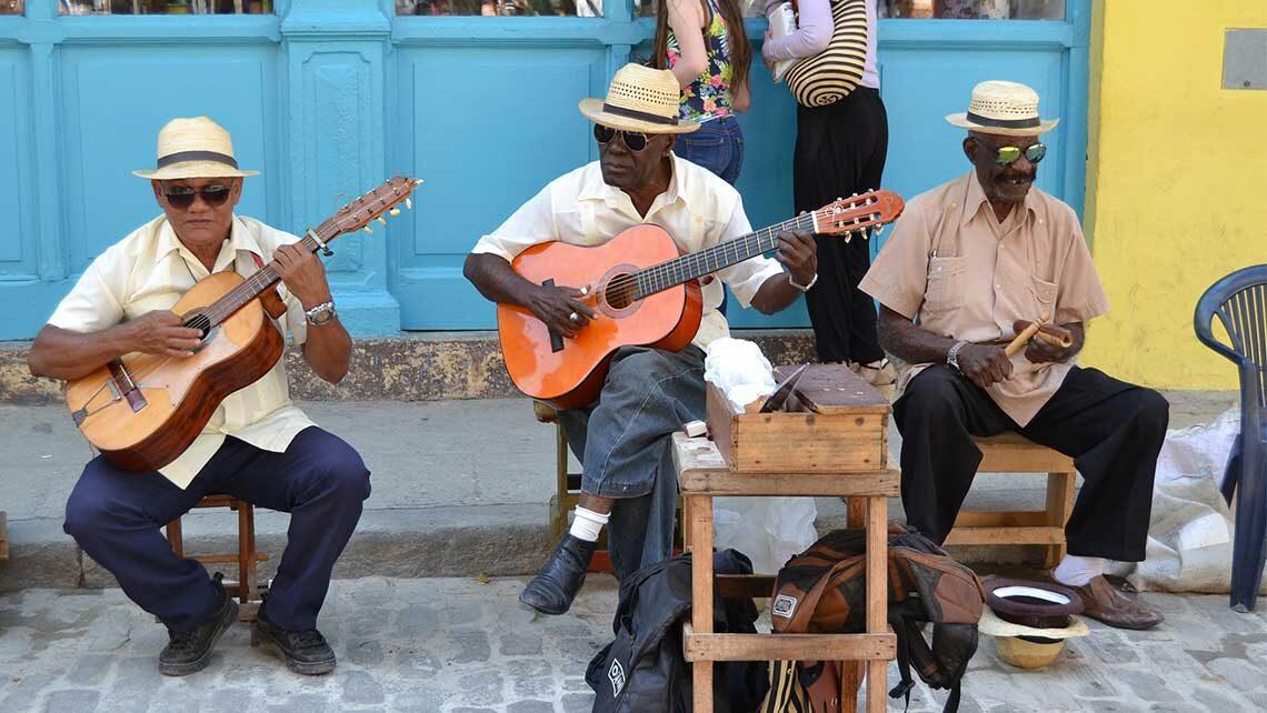 musicos-callejos-cubanos